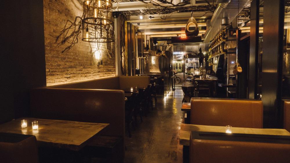 Uptown Interior 001.jpg
