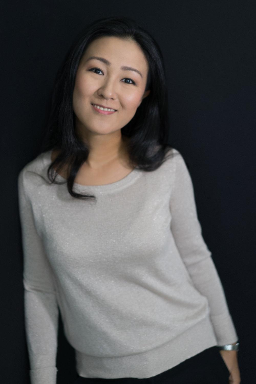 Photo credit: Natalie Ziegler from White Frangipani, Make-up Artist: Jeann Ng from Stylebyjeann at Natalie's studio, September 2016, Singapore