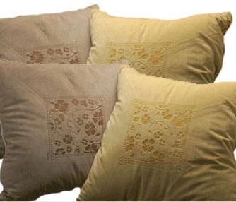 thumb-pillow-engraving.jpg