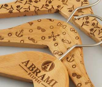 wooden-hanger-thumb.jpg