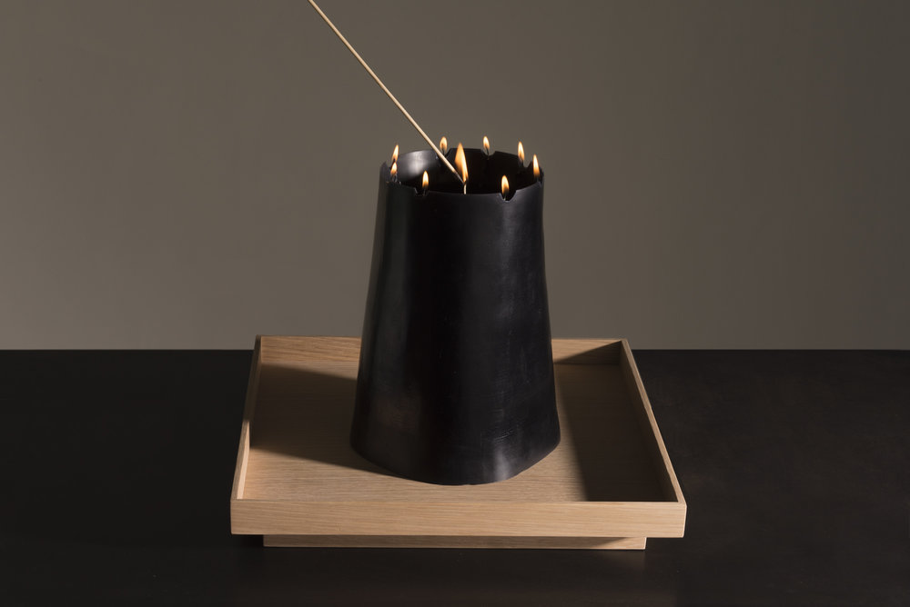 CANDLE_PIT_Black_02.jpg