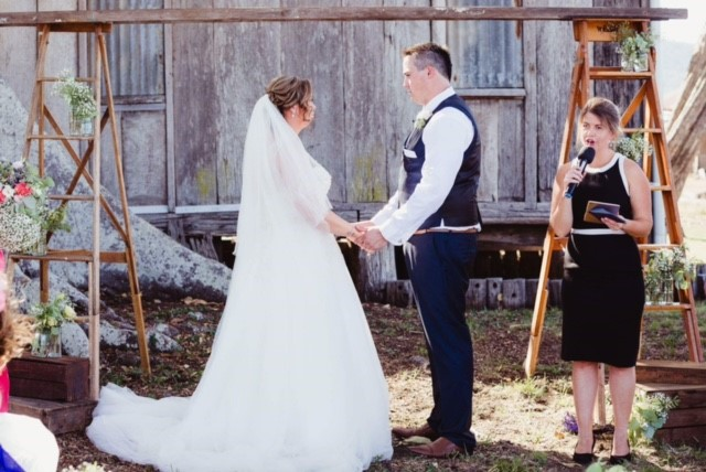 Fiona Duce Marriage Celebrant Ink and Ivory Photography 3.jpg
