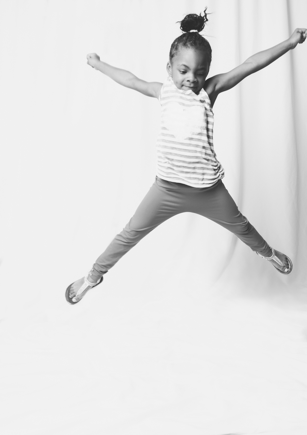 studio-children-photographer-long-island-ny-jumping.jpg