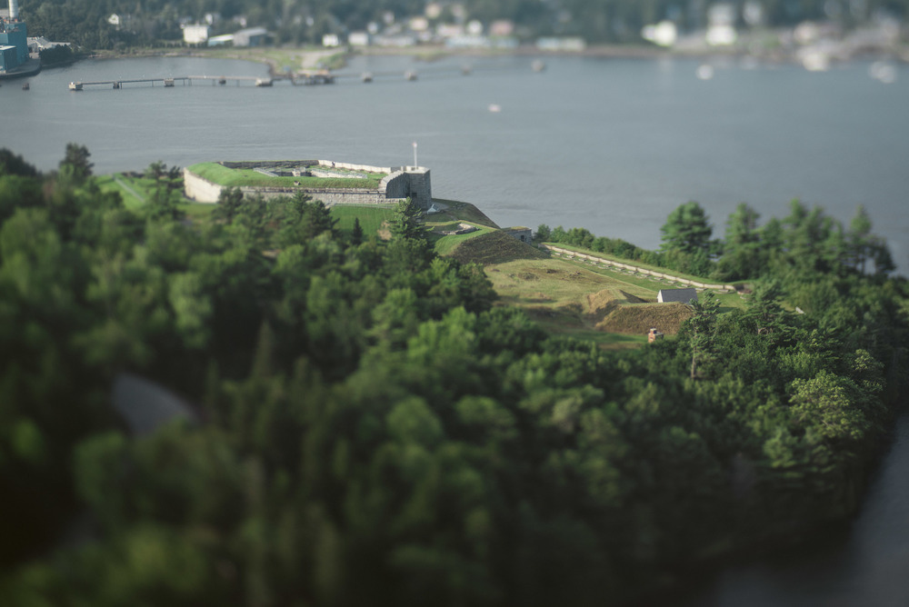 travel-photography-maine-fort-knox-Penobscot-Narrows-Bridge-and-Observatory-lensbaby-edge-80-long-island-ny-photographer-natural-light-digital-56-4.jpg