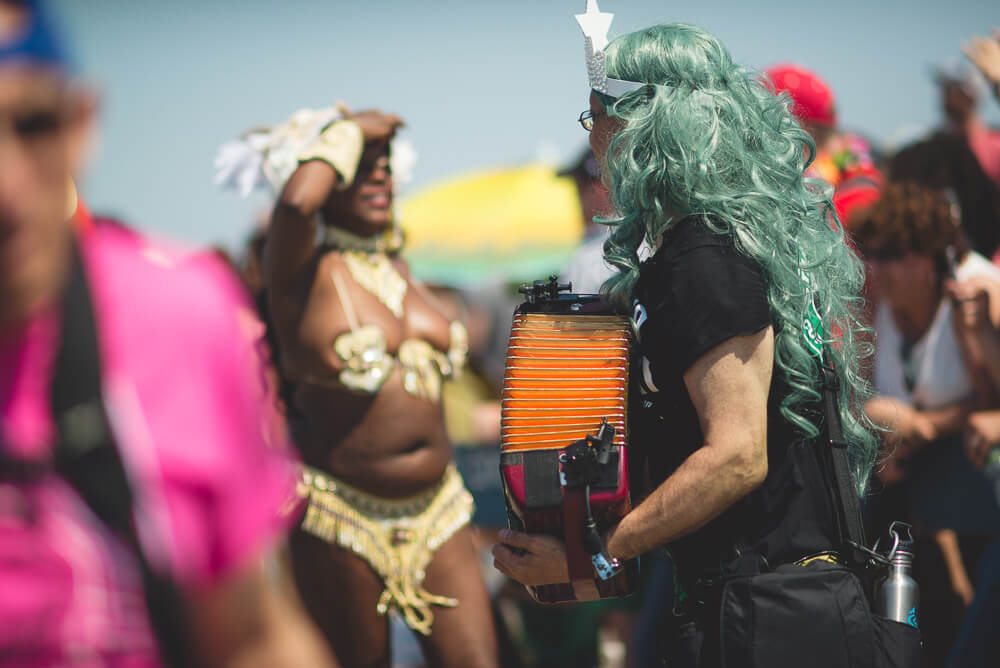 Coney_Island_Mermaid_parade-180.jpg