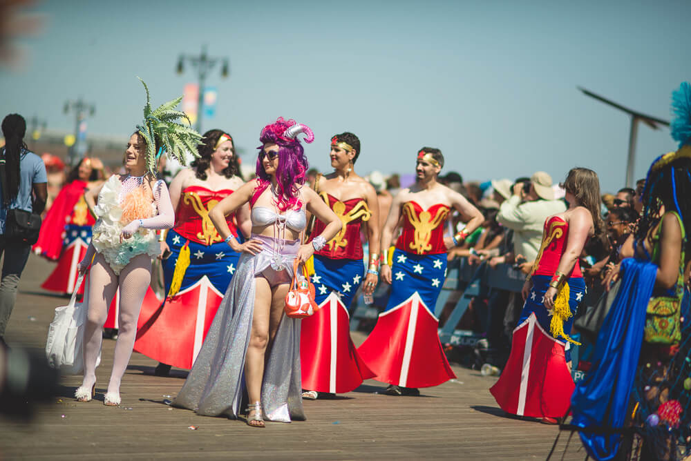 Coney_Island_Mermaid_parade-233.jpg