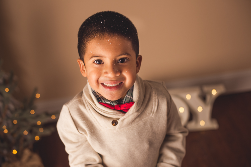 josh_mathew_holiday_mini_sessions_long_island_photography-0010.jpg