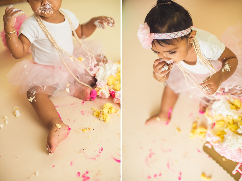 jade_first_birthday_cake_smash_long_island_Photographer-Collage 3.jpg