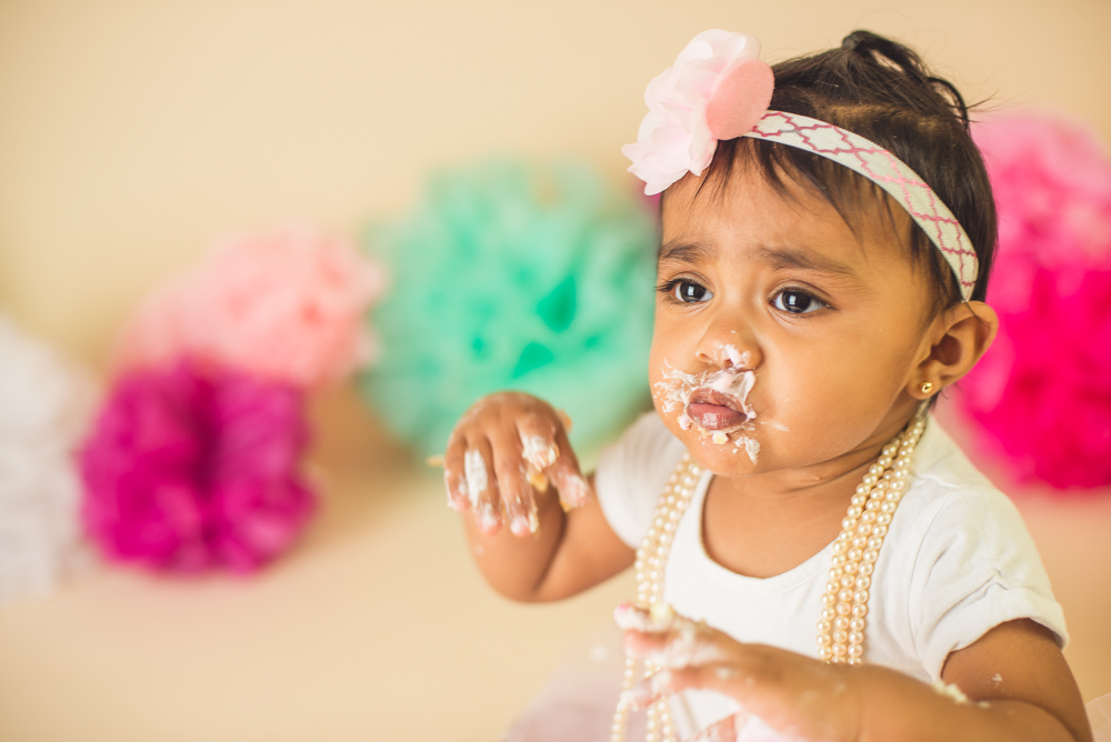jade_first_birthday_cake_smash_long_island_Photographer-029.jpg