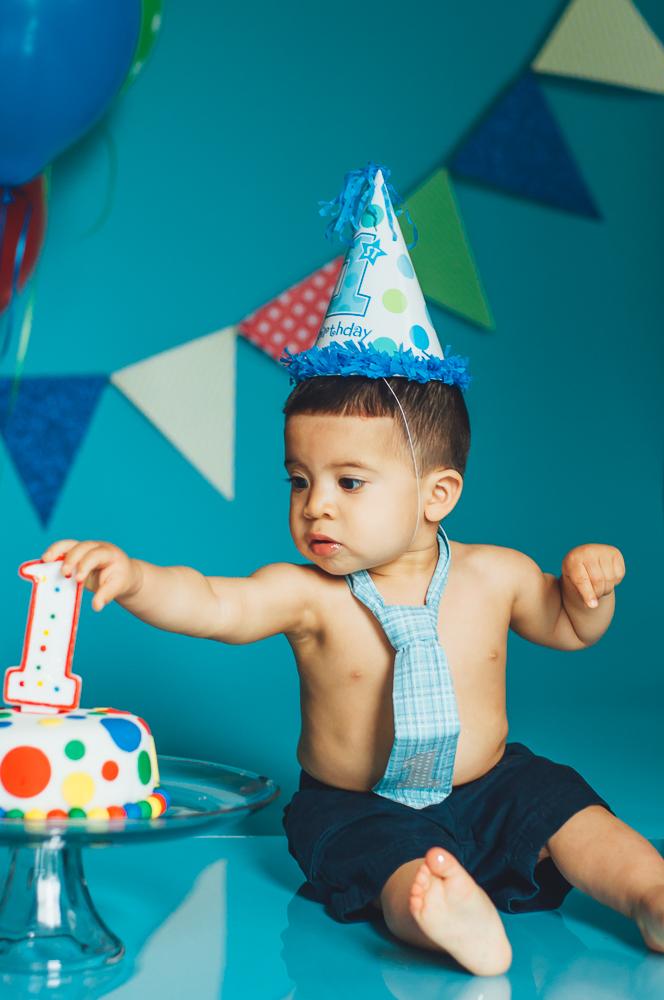 Matthew_first_birthday_cake_smash_photography_long_island_ny_photographer_baby_photography-4.jpg