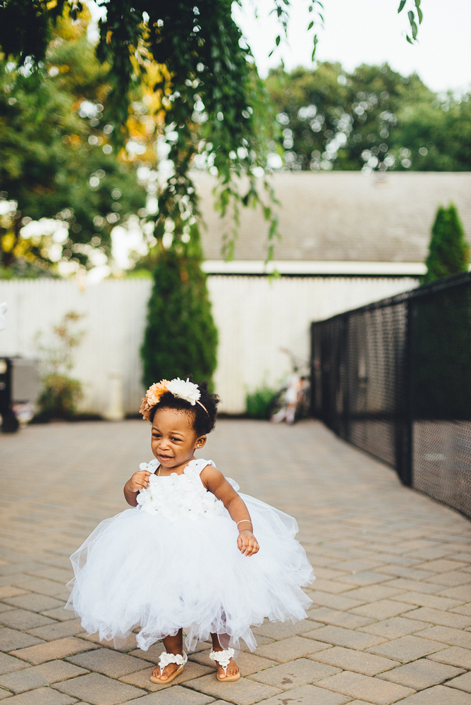 Aela_first_birthday_photography_long_island_ny_photographer_baby_lifestyle_backyard_photography-3.jpg