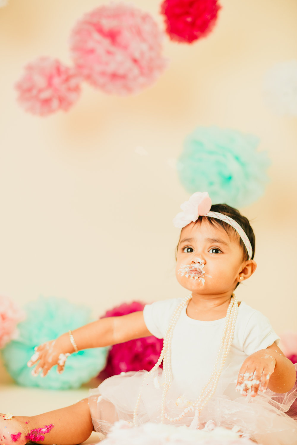 jade_girly_cake_smash_long_island_ny_photographer_portrait_photography-14.jpg
