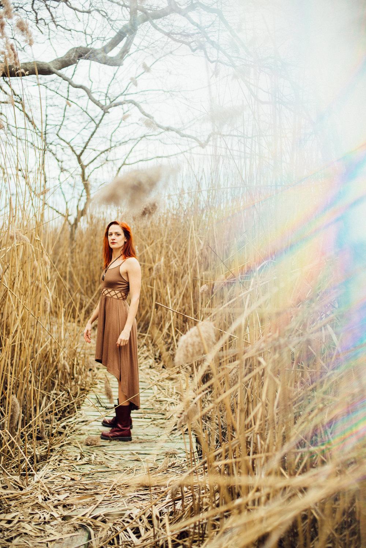 victoria_styled_shoot_wading_river_ny_winter_lake_woods_long_island_portrait_photographer-9.jpg