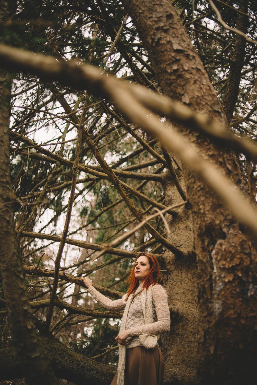 victoria_styled_shoot_wading_river_ny_winter_lake_woods_long_island_portrait_photographer-39.jpg