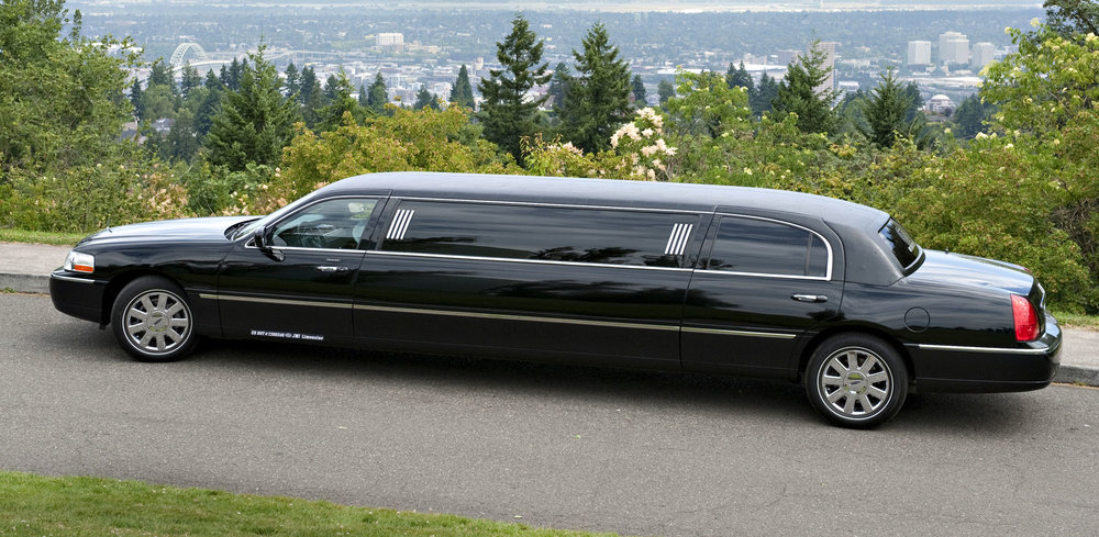 Black Limo for Online reservations.jpg
