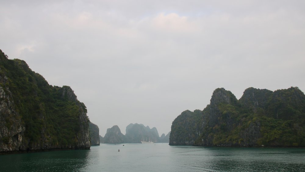 Bai Tu Long bay, Vietnam, @acrosslandsea