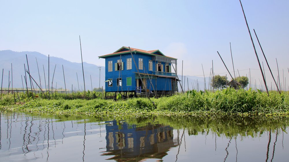House on stilts, Inle Lake, Mynamar. Our complete guide to Nyaungshwe