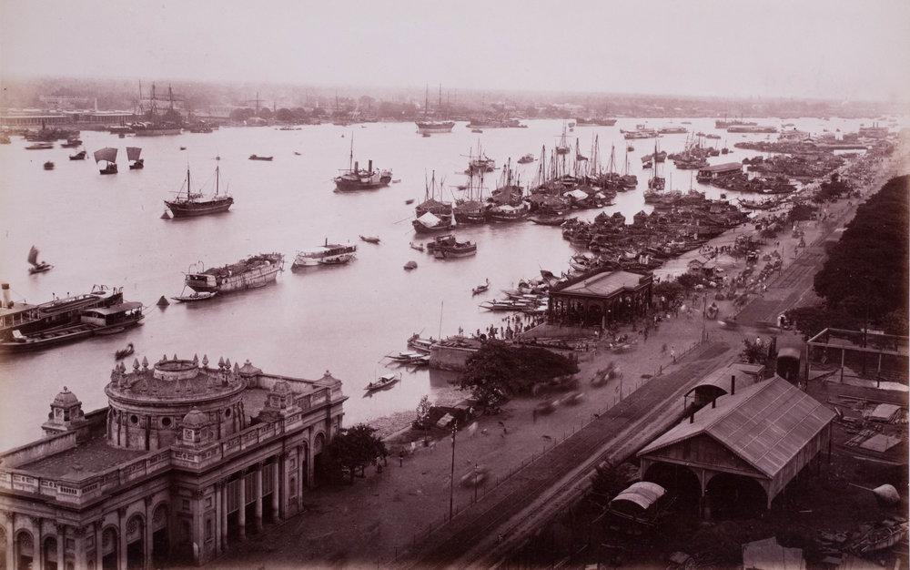 Le fleuve Hooghly au delà du port
