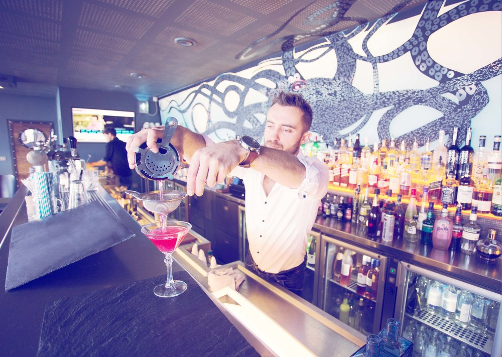 Cocktail bar man.jpg