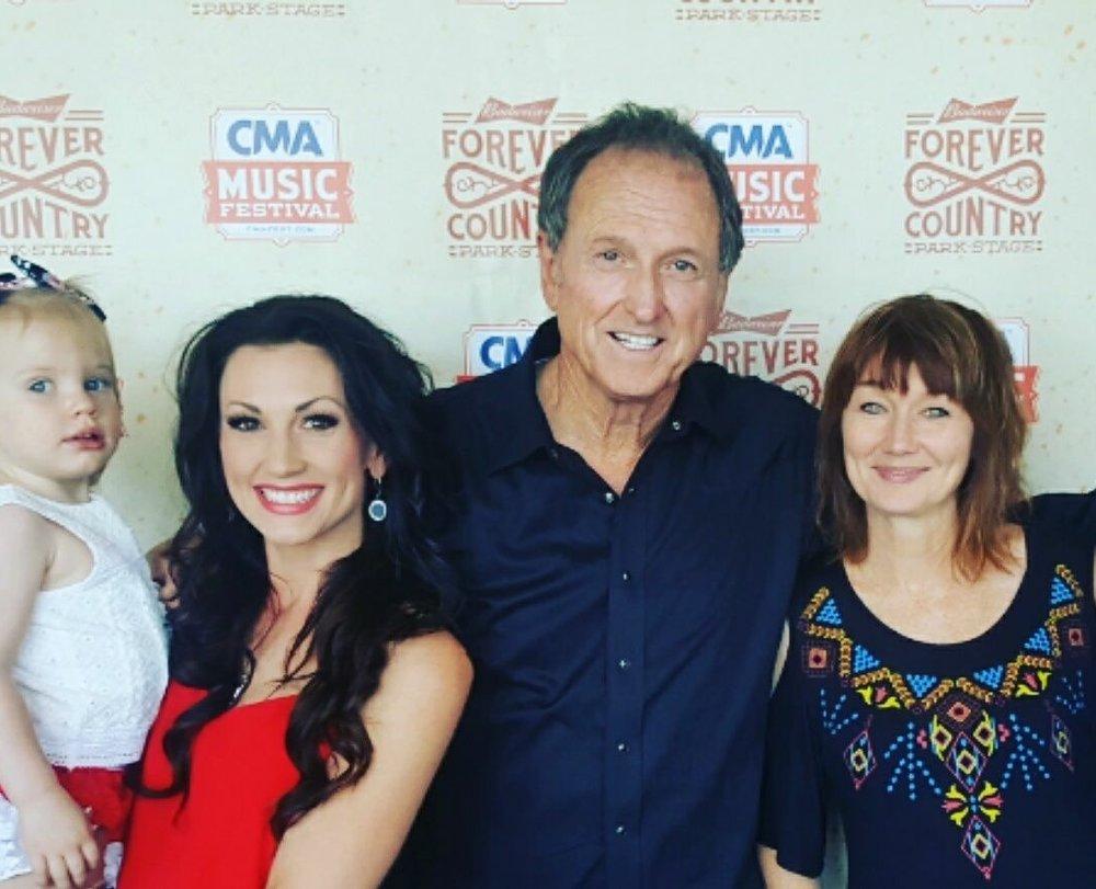 Lari, Rudy Gatlin, Danielle Peck and baby Ava at CMA Fest 2017