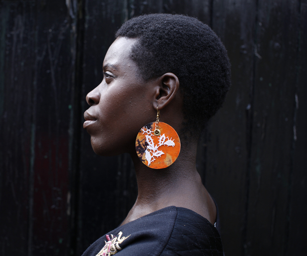 AFRO RETRO - www.afroretro.comAFRO RETRO are designer-maker-sisters Anna and Lilly. Taking inspiration from their homelands of Uganda and England they craft jewellery, fashion, accessories and more.
