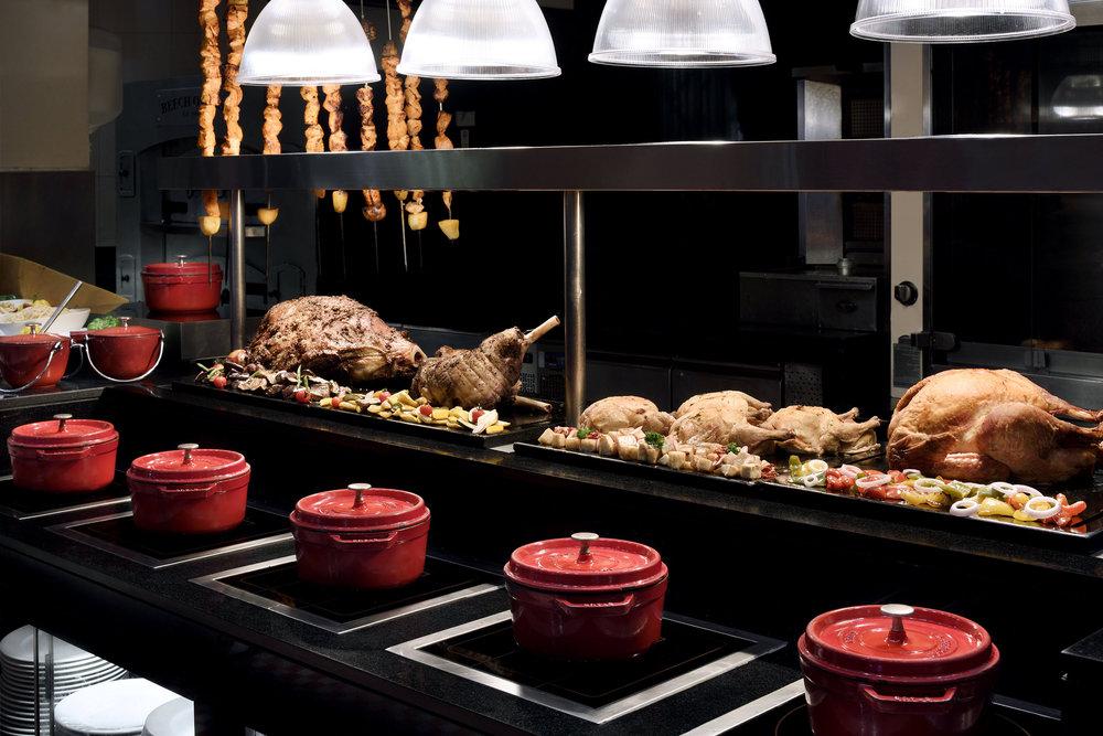 The Palace Downtown Dubai - Ewaan Restaurant - Carvery - Copy.JPG