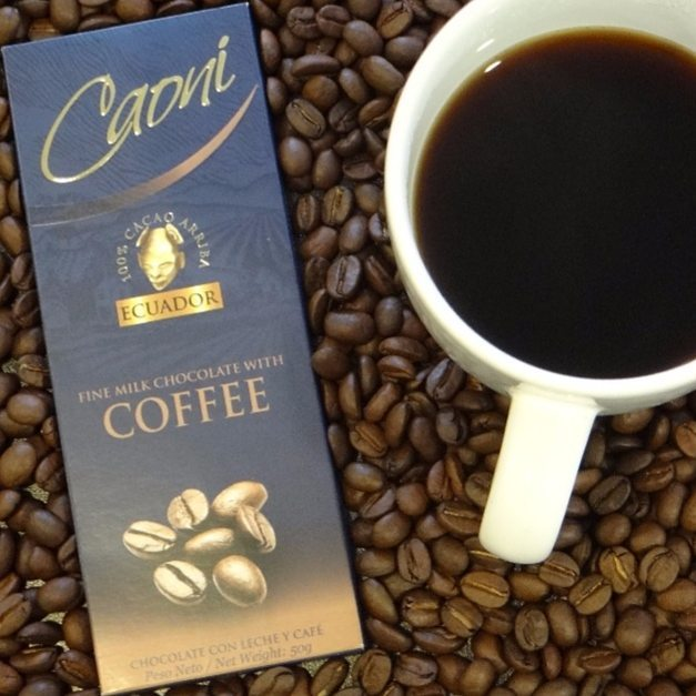 #ParaLosAmantesDelCafeYElChocolate No hay mejor acompañante para el cafecito de la tarde que nuestro chocolate gourmet con leche y trocitos de granos de café!!! #NoHayNadaMejor #CaoniChocolate #Tasty