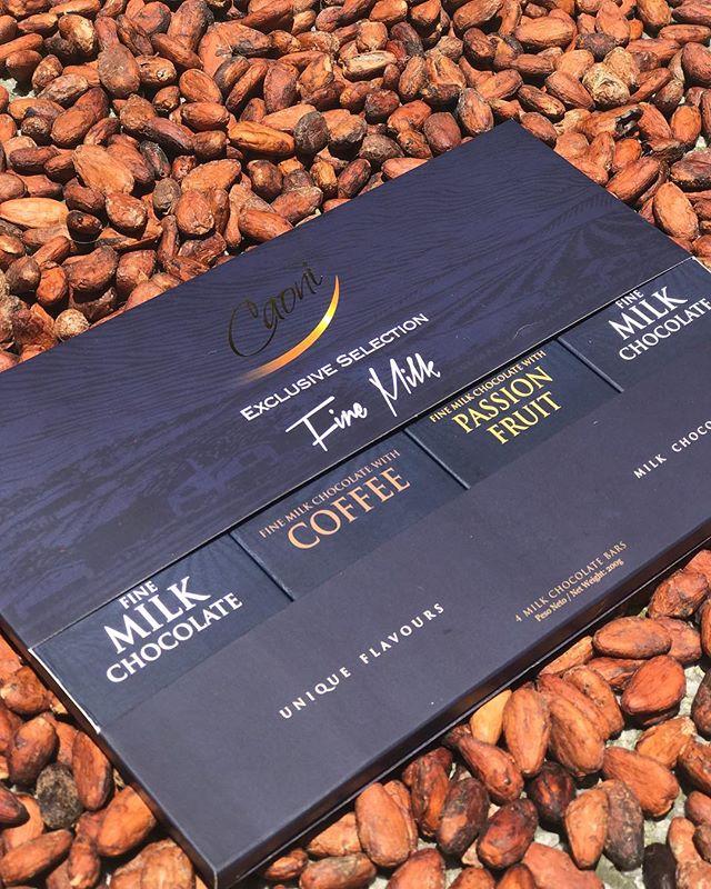 Nuestra caja de regalo Exclusive Selection ahora también la encuentras en nuestra colección Fine Milk. #caonichocolate #premiumchocolate #ecuadorianchocolate #milkchocolate #cacaoecuador