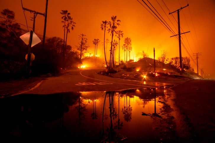 Woolsey Fire. Photo via The New Yorker.
