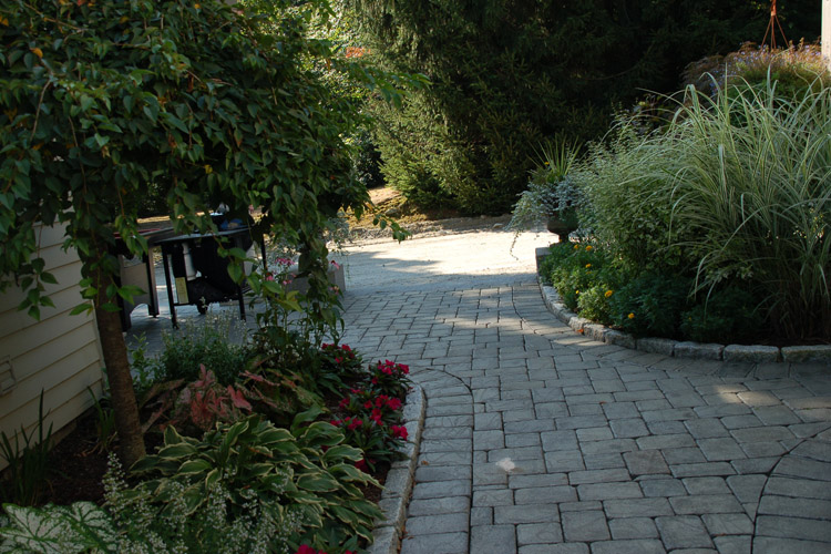 Cobblestone Walkway with Granite Borders, Tyngsborough