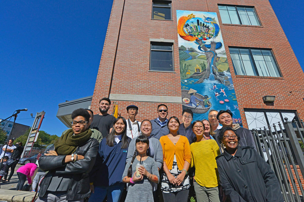 "Till so, the team would like to thank everyone who got involve to help make this mural happen. Top row; left to right: Tony, Cuong, Tam, ""Duoc"", ""Hung"" (Names in quotes, are people who weren't originally in the picture) Middle row; left to right: Tommy, Joan, Tran, Kim, Susan, Justin. Bottom row; left to right: Grace, Kimberly, Michelle."
