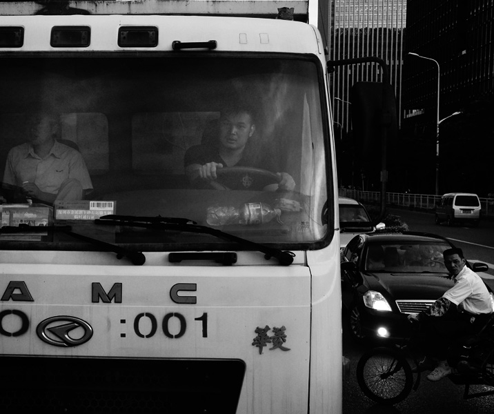 yoppy-fotografer-surabaya-hongkong-driver).jpg