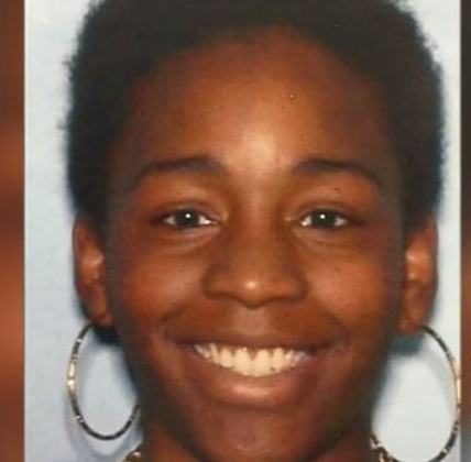 Nyla Foster, 21, was fatally shot on Lithia Springs, Georgia on October 22, 2016 after fighting with a woman over a man. Police say Shontori Gooden for murder.