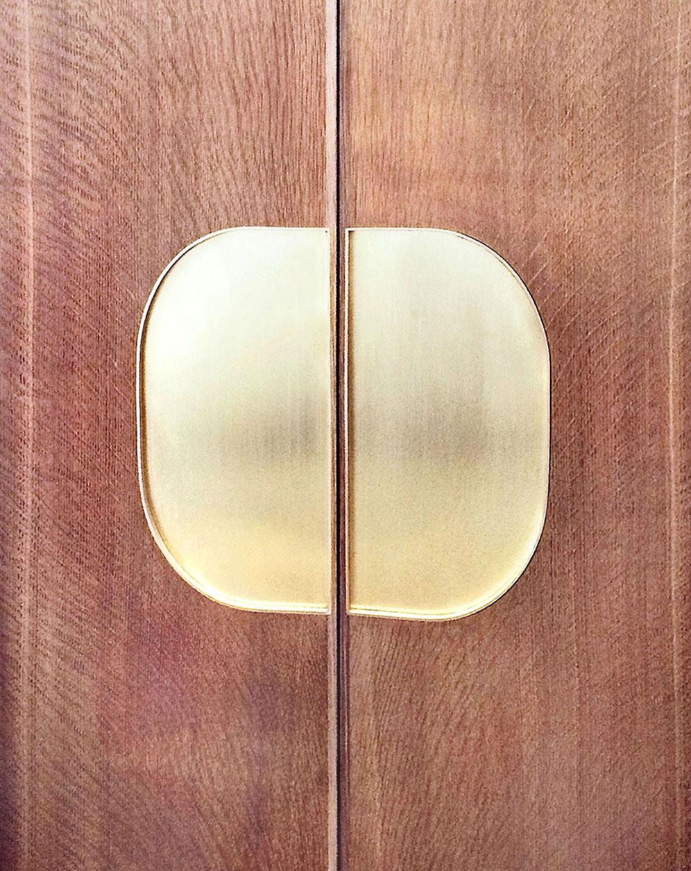 fume-pocket-door-CU-web.jpg