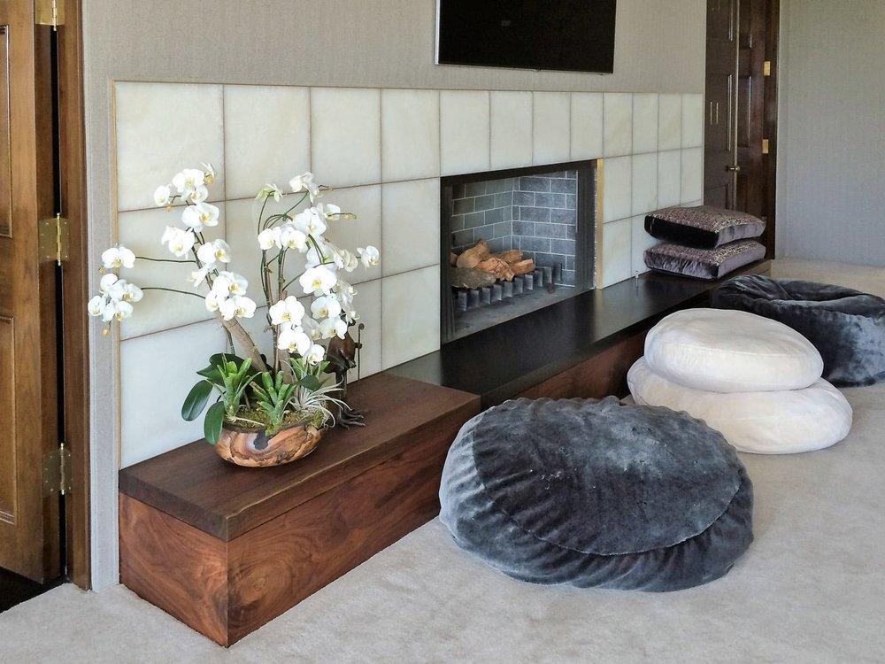 jen bedroom fireplace.jpg