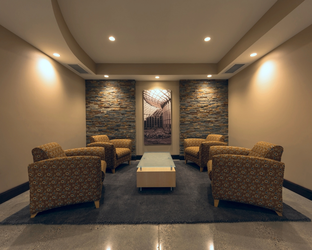 Lobby LR 2.jpg