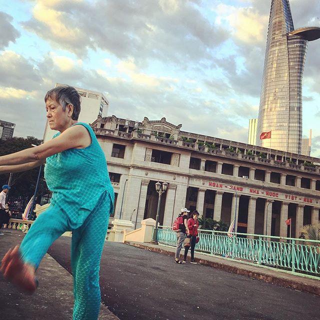 👵🏼 Kickboxer in Vietnam 🇻🇳 #hochiminhcity #discoveredandeaten