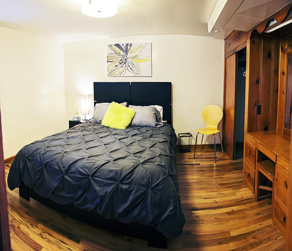 bedbrightsmall.jpg