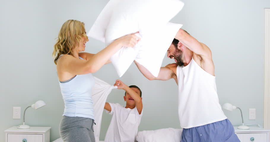 Pillow fight.jpg