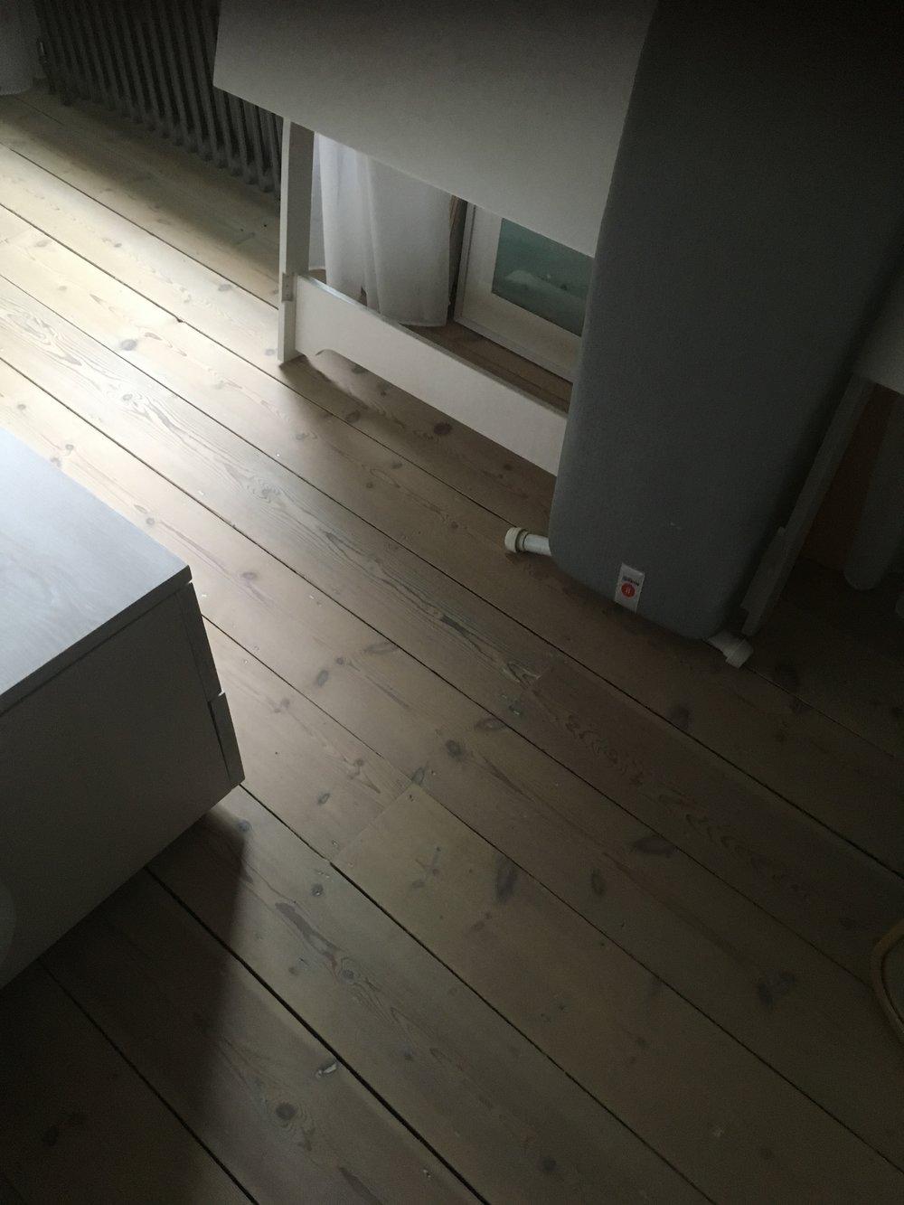 whitefloor_2.jpg