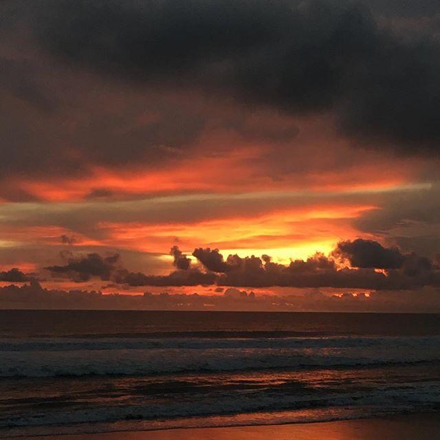 Bali Sun  #nofilter #unconventionallife #bali #canggu #sooribali #indonesia #transformation #hiatus #elephantcollective #sunset #rainyseason #oceanwaves