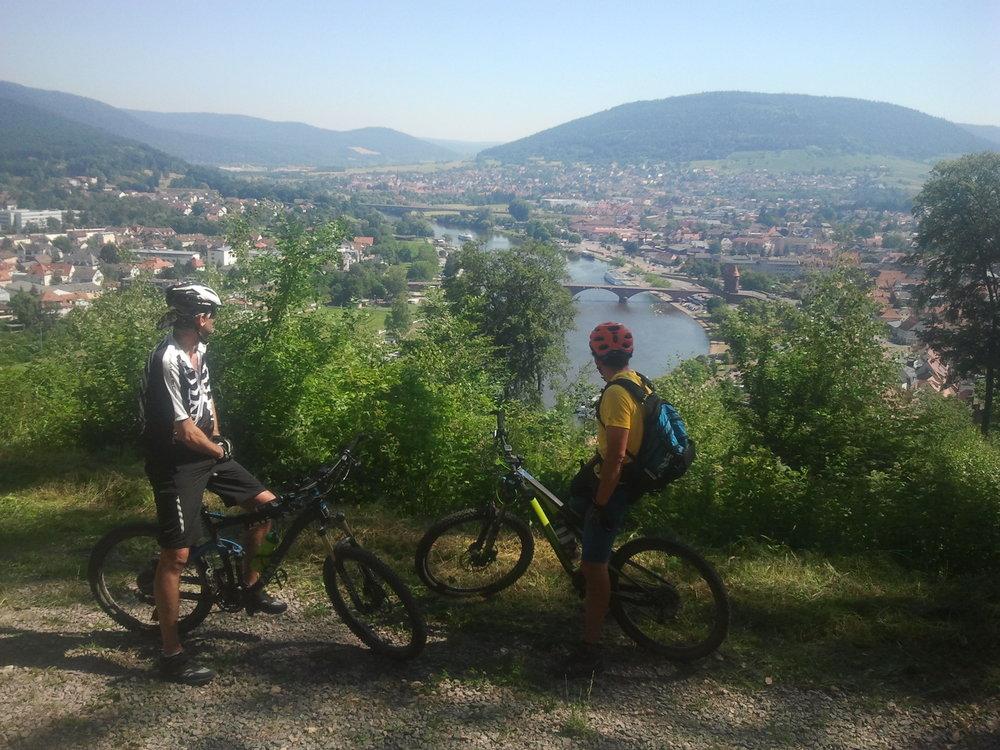 Mountainbiking hoch über Miltenberg