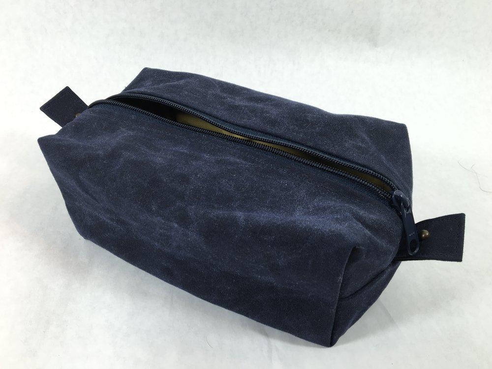 Red Rabbit Mercantile Benjamin Dopp Kit in Navy Waxed Canvas
