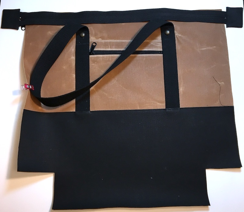 Lay zipper on Outer Body