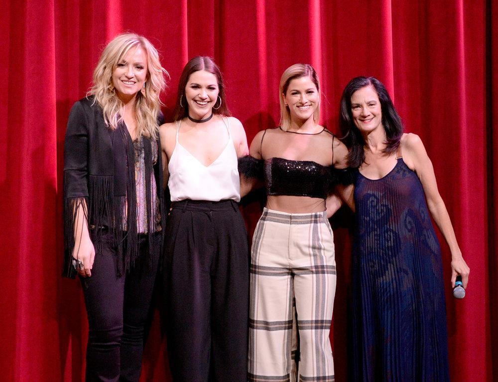 Clare Dunn, Hannah Ellis, Cassadee Pope, CMT's Leslie Fram