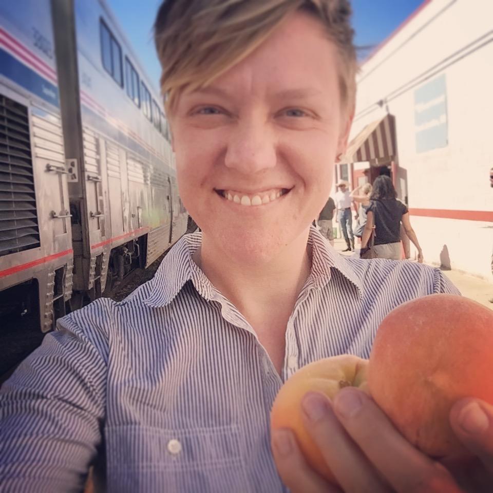 Fresh peaches on the train!