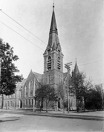 St. Andrews_1900_Carlton&Jarvis.jpg