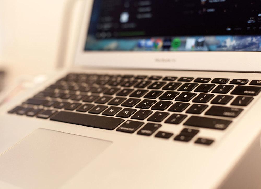 banner-laptop.jpg