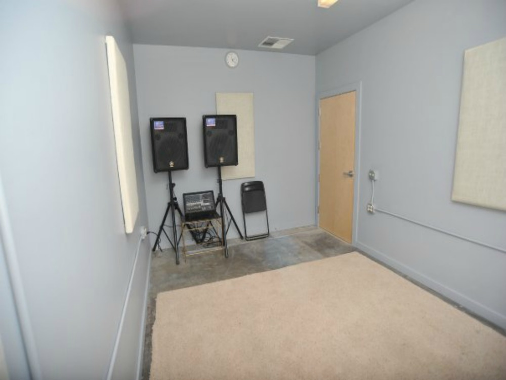 STUDIO. 4 - Size - 15' x 10' $15 hr. Includes: PA system and mics.