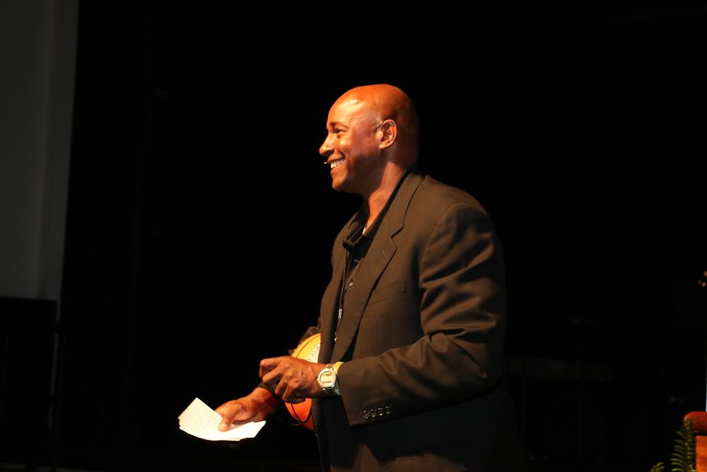 sidney speaking3.JPG